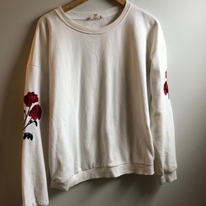 LIKE NEW IVORY SWEATSHIRT WITH ROSE PATCH DETAIL